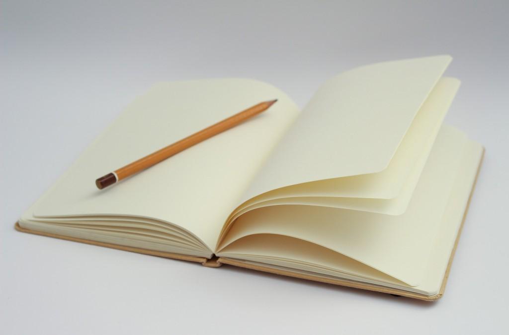 notebook-1194456_1920